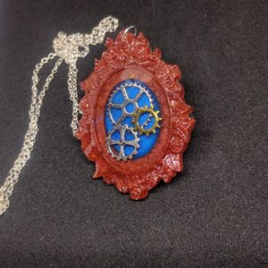 Epoxy pendant with gears